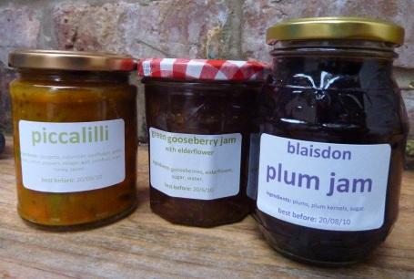 Deb's jams and chutney_outside