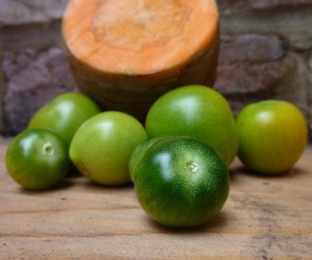 Green tomato soup - toms and carrot