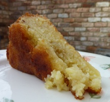 22-8-10 - lemon drizzle cake_slice 4B