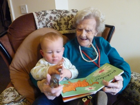 17-1-13 - reading with Granny 1 4B