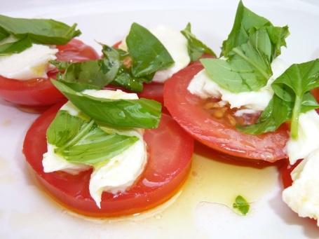 3-8-13 - tomato mozzarella 4B