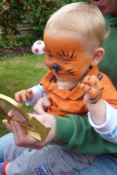 21-9-13 - Zac bday_E tiger face* 4B