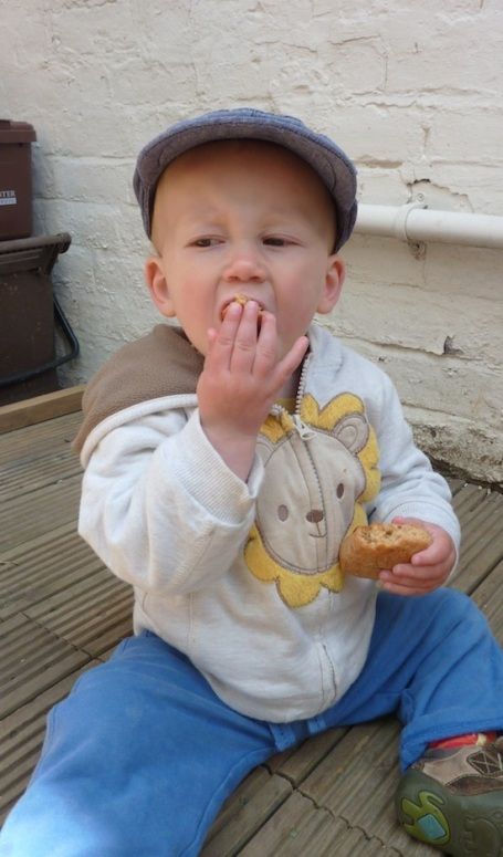 9-6-13 - E eating heart scone 4B