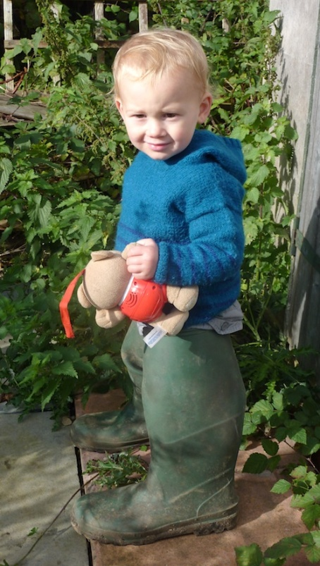 25-10-13 - allotment_in G's wellies 4B