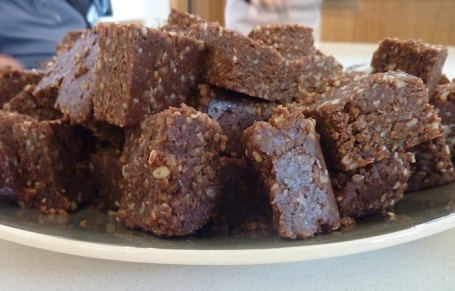 26-10-13 - Maggies Nutrition course_cocoa bars 4B