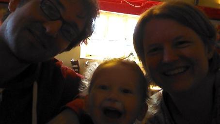 23-3-14 - moorey family selfie