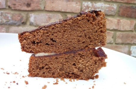16-8-13 - chocolate courgette cake_slice 4B