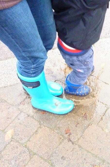 Bog walk_puddle jumping 4B