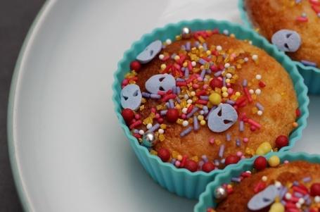10-7-15 - lemon cup cake sprinkles 4B