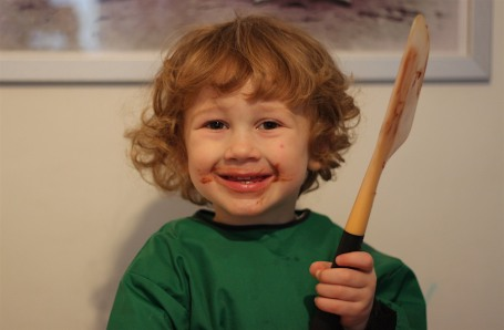 16-1-16 - birthday cake making_licking spatula 4B