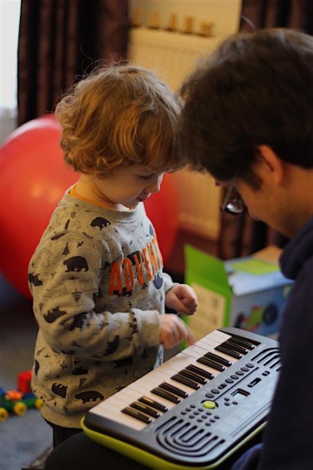 17-1-16 - E playing keyboard 4B