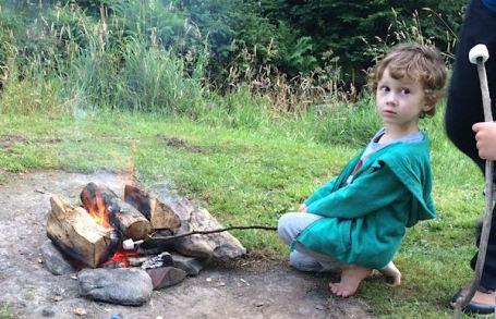 29-7-16 - barefoot marshmallow roasting