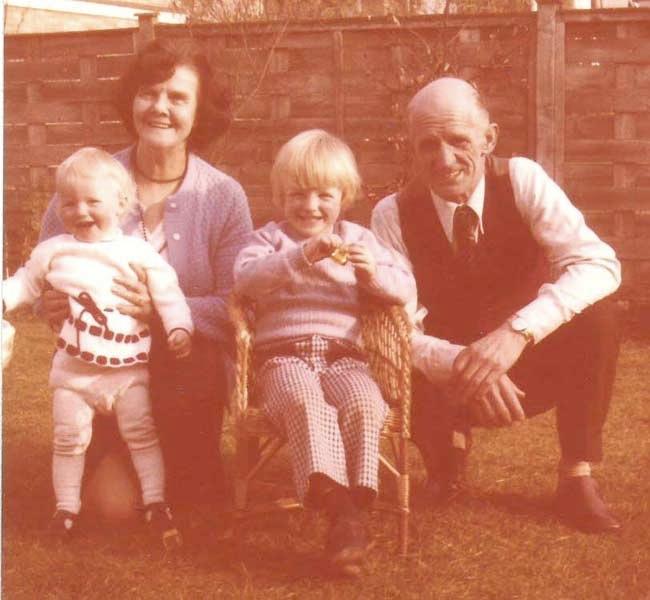 N&G 16-4-76 + nan & grandad