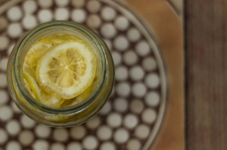 Elderflower cordial making - lemon slices