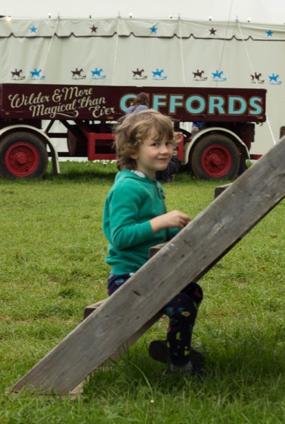 Giffords Circus - nipitinthebud.co.uk